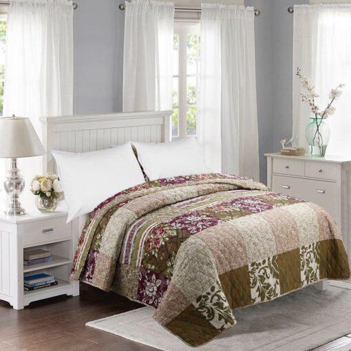Patcwork mintás ágytakaró barna